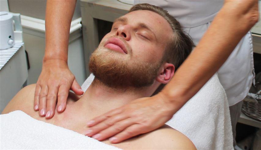gezichtsbehandeling voor de man beauty center de Terp Hoogeveen