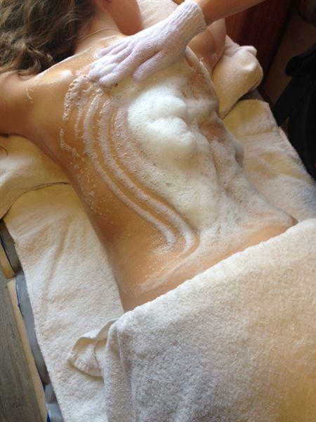rug scrub en rug massage de Terp Hoogeveen