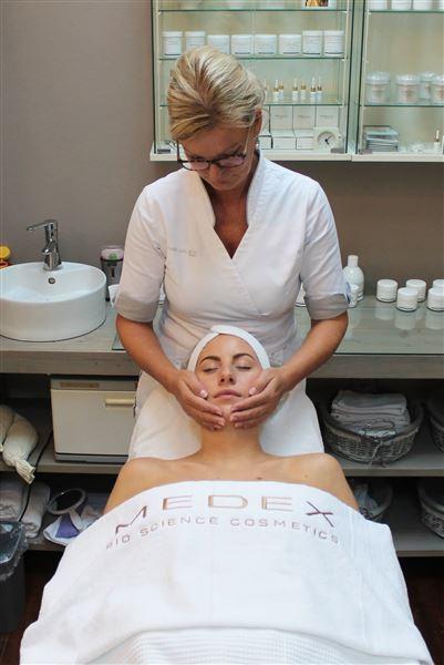gezichtsbehandeling Beauty Center de Terp Hoogeveen