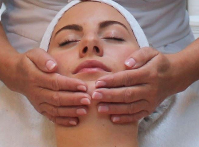 gezichtsbehandeling beauty center de Terp